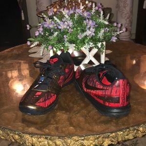 Nike Shoes - Kobe Bryant Men's 12  Nike basketball sneakers